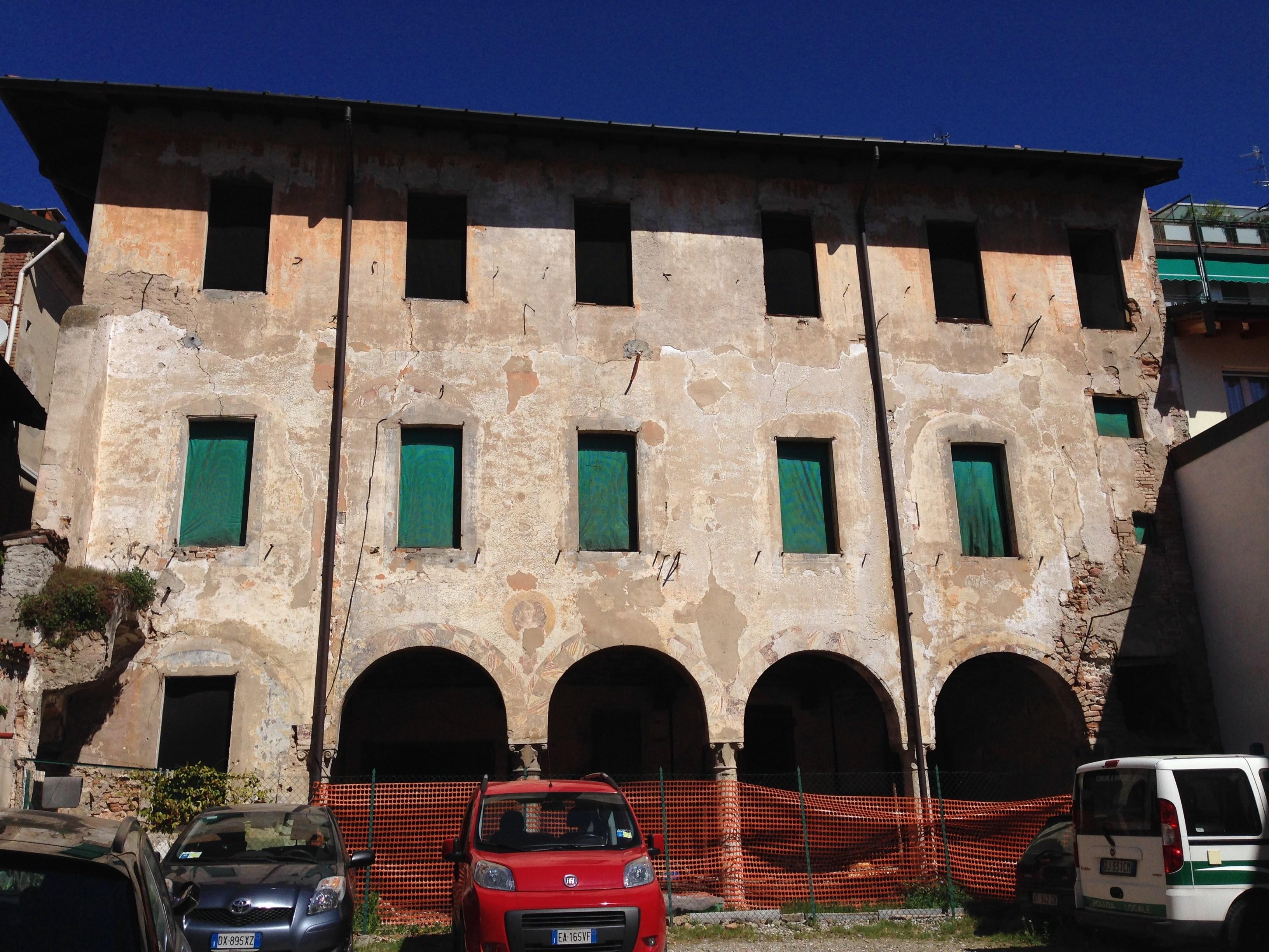 Varese casa frasconi ultimo esempio di quattrocento for Piani di una casa piani con suite di legge