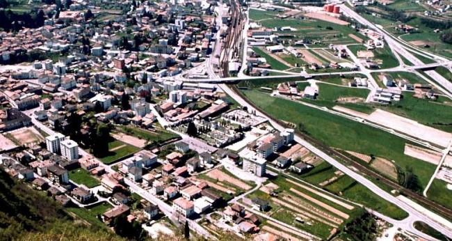 Veduta dall'alto di Mendrisio, in Canton Ticino