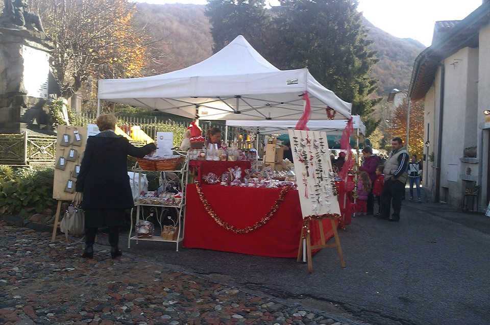 Varese e provincia i mercatini di natale del ponte dell - Mercatini varese ...