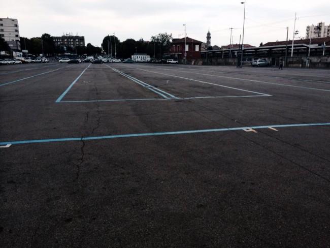 kennedy piazzale parcheggio mercato