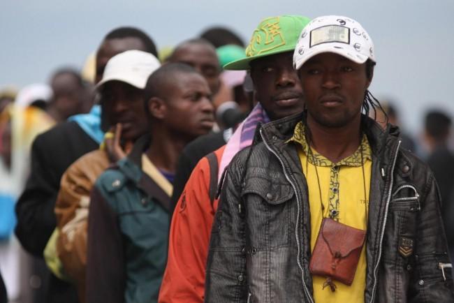 Taranto, arrivo dei profughi libici da Lampedusa