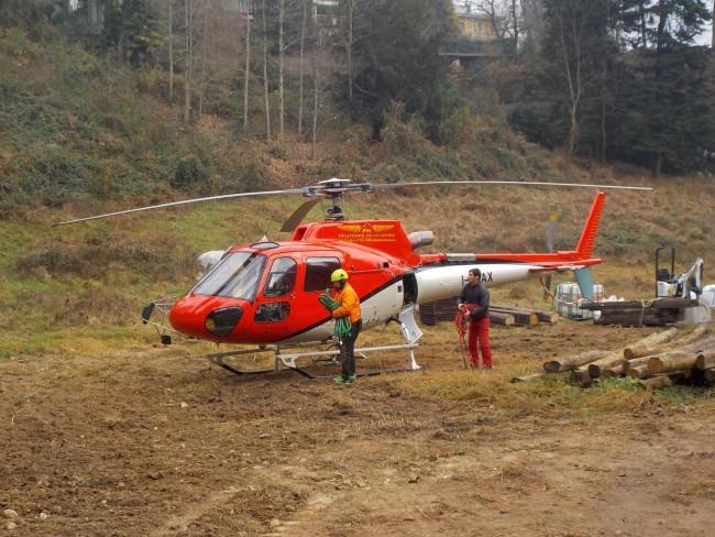 Elicottero Velate