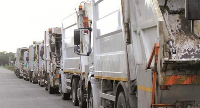 rifiuti camion spazzatura