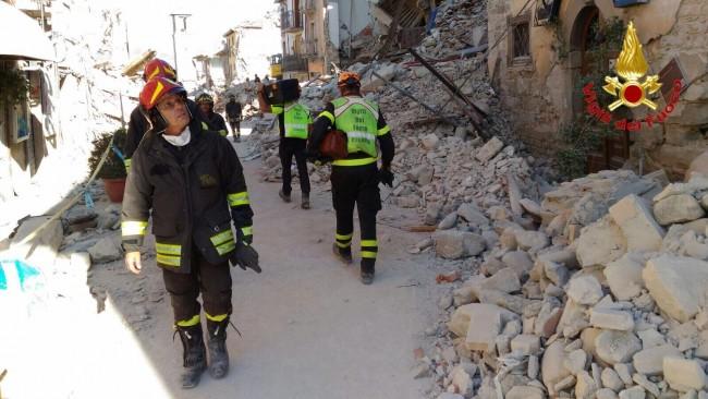 terremoto vigili del fuoco