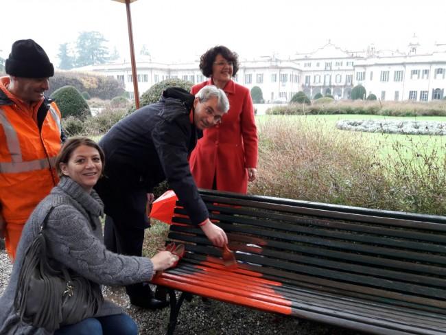 panchina-rossa-giardini-estensi
