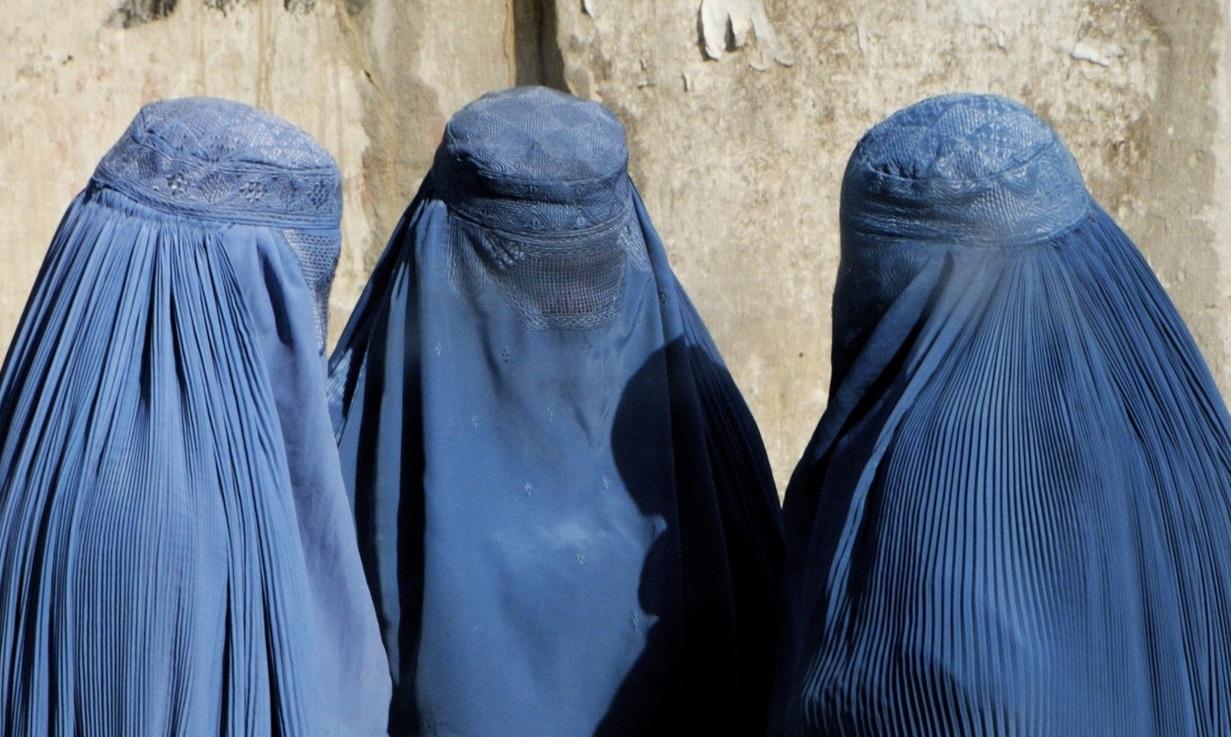 Porn Arab Niqab Or Beauty Hijab Porn Saudi